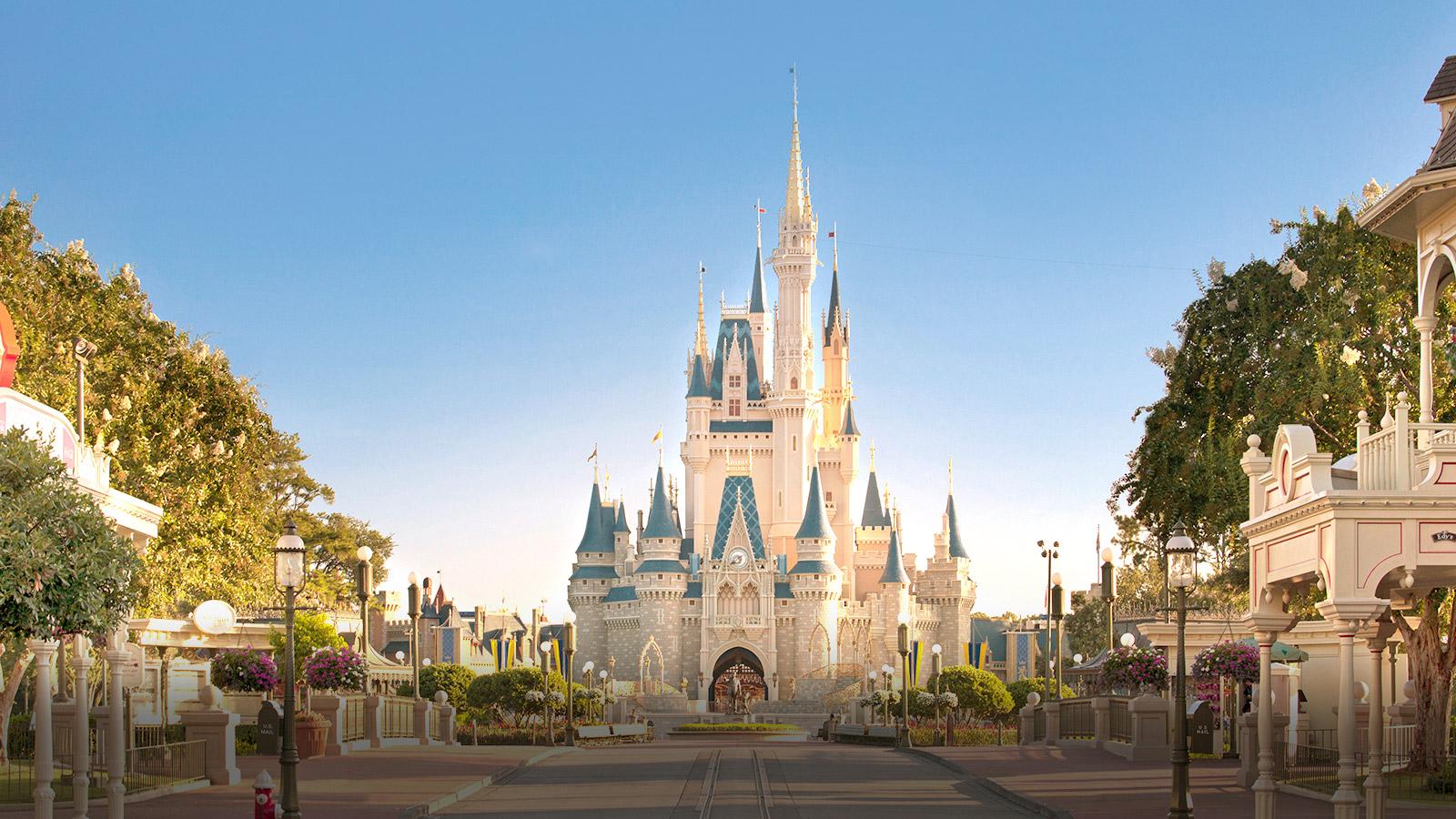 Cinderella Castle vanaf Mainstreet USA Walt Disney World